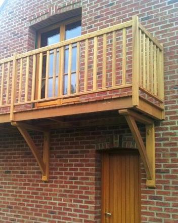 balcon suspendu bois