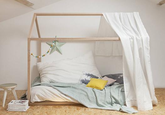 lit au sol cabane