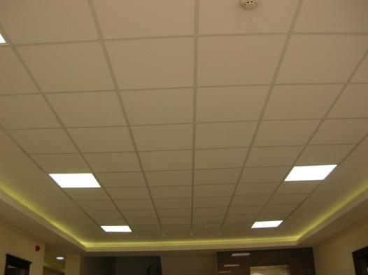 plafond suspendu en dalles de 60 x 60
