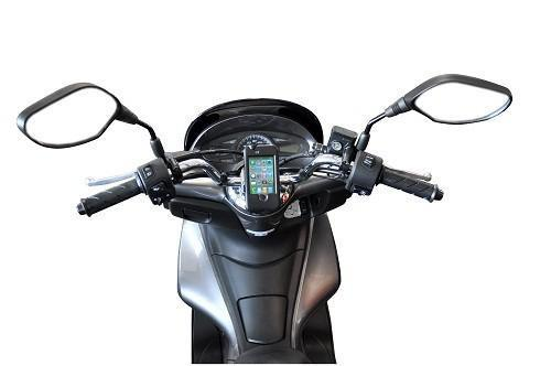 porte iphone scooter