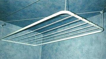 sechoir a linge suspendu